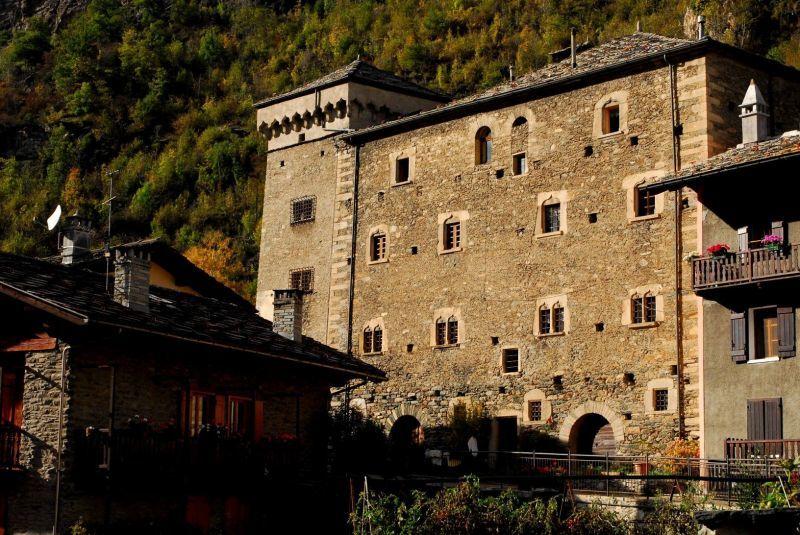 Castello Signori di Avise