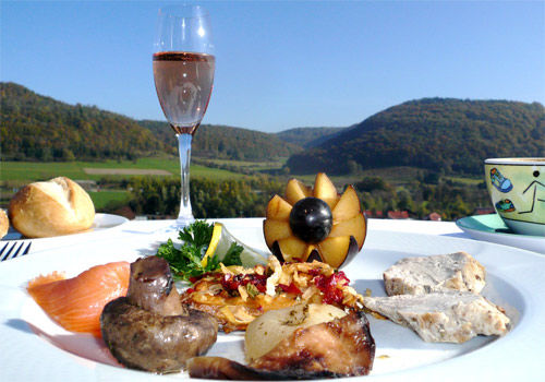 Beispiel: Gastronomie, Foto: AKZENT Hotel Höhenblick.