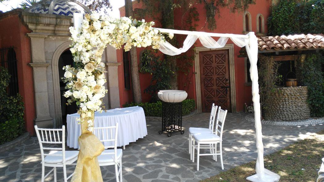 Rosa Mexicano Decoración Floral y Eventos