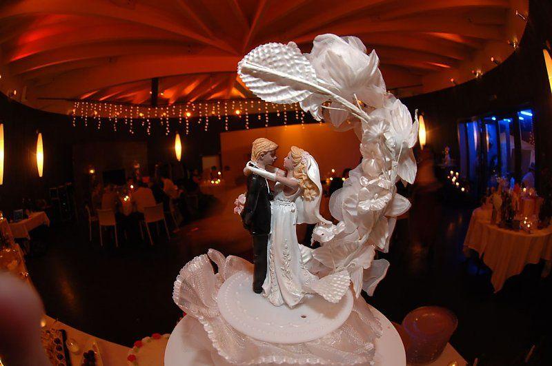 Beispiel: Hochzeitstorte, Foto: Mangerie.