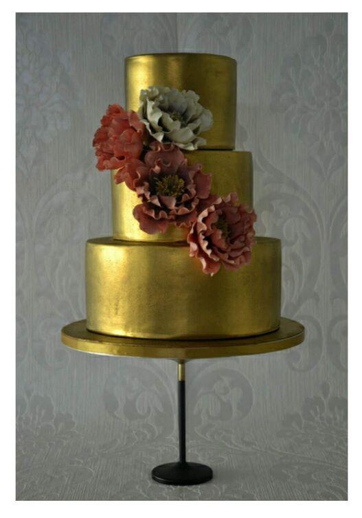 Cake Details by Alcina Maia