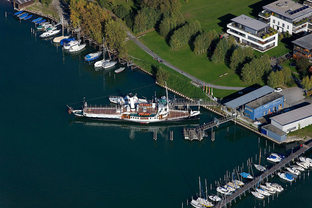 Beispiel: Hafen, Foto: Hohentwiel Schifffahrtsgesellschaft.