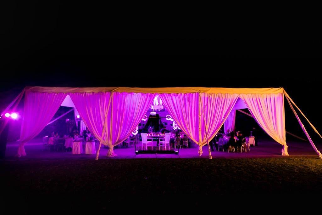 Wedding planner : Majo Navarrete  Fotografia : Aura Rodriguez Iluminación : JF Producciones.