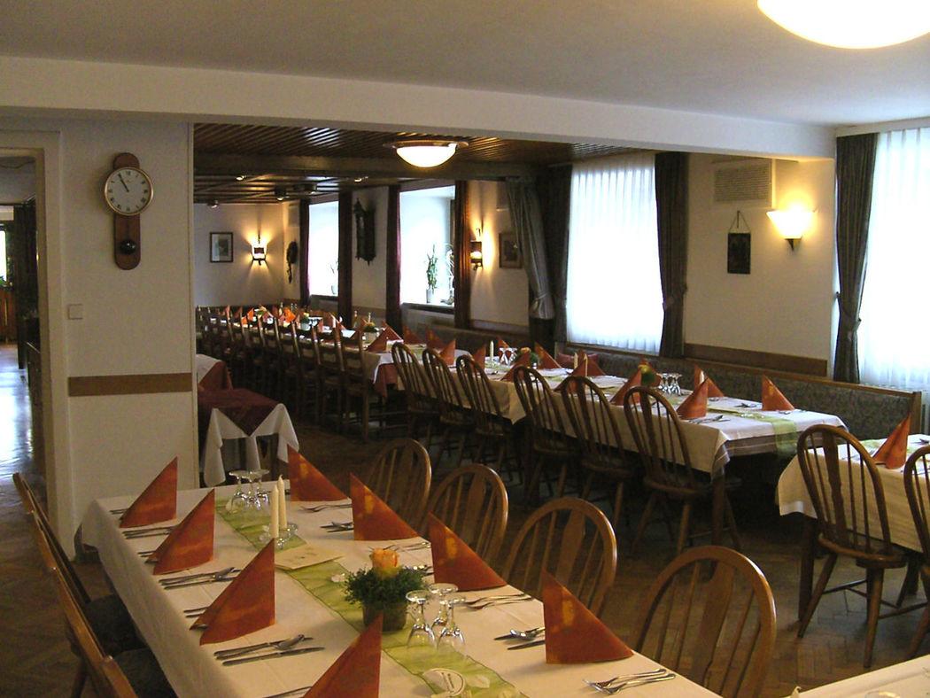 Beispiel: Gaststube, Foto: Gasthof Weisses Rössle.