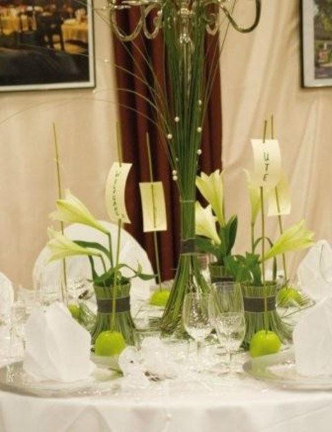 Beispiel: Tischdekoration, Foto: Blumen Luger.