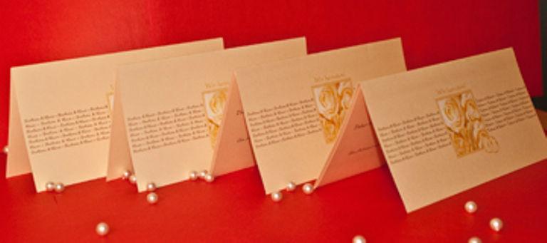 Beispiel: Hochzeitseinladungen, Foto: Schobuk.