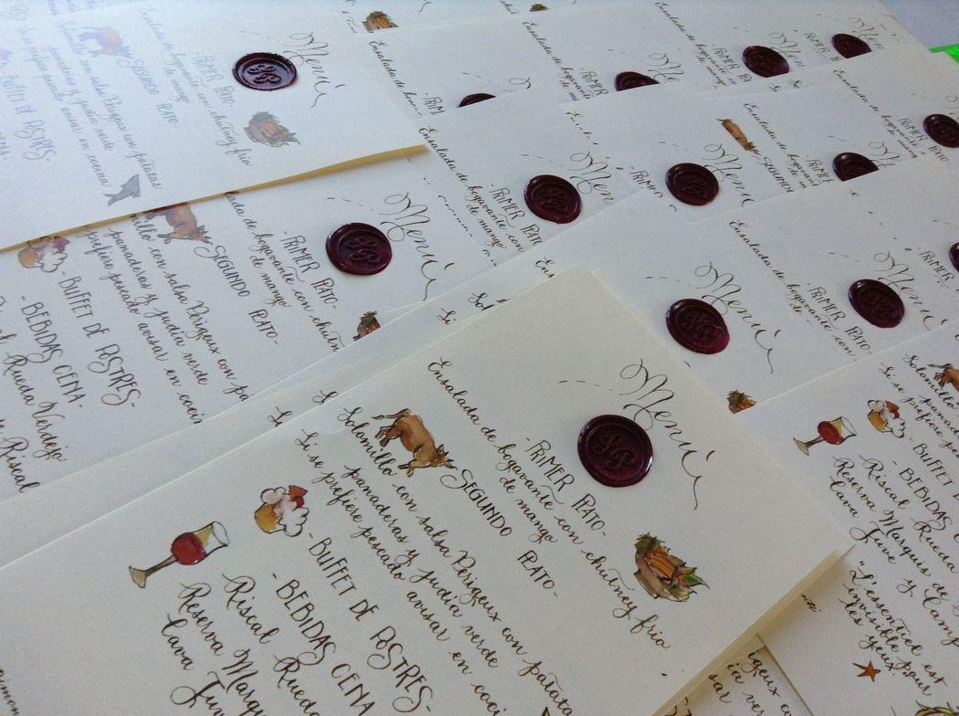 Il Calligrafo - Menù stampati in digitale da matrice calligrafica, con sigillo bordeau.