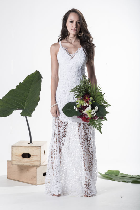 Vestido Hera - R$ 939,90  http://www.oamoresimples.com.br/pd-30e3c9-vestido-de-noiva-hera.html?ct=b9acf&p=1&s=1