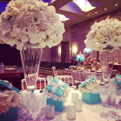 Arreglos con flores para decoración de mesas