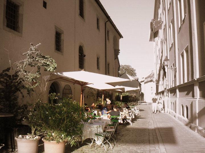 Beispiel: Terrasse, Foto: Leerer Beutel.