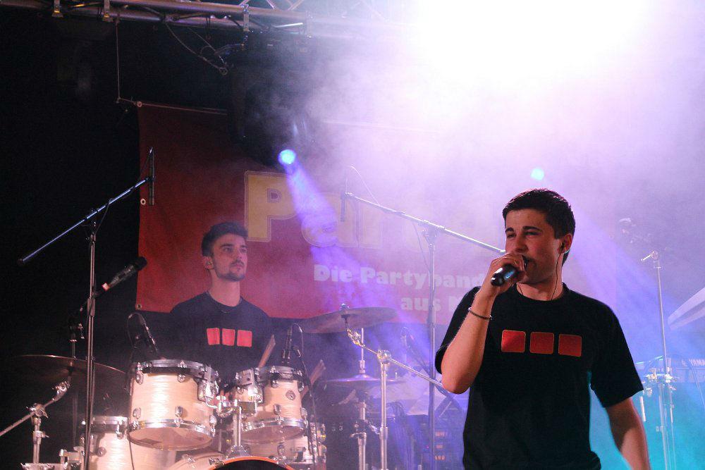 Part 4 - Die Partyband aus München