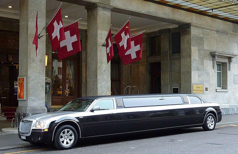 Stretchlimousine Chrysler schwarz,  Foto: CAPITAL-PHOTO.CH