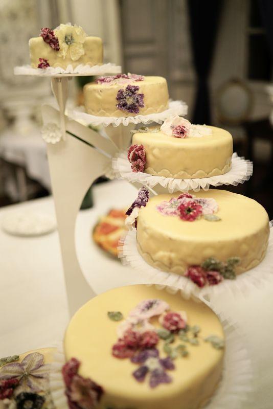 Hochzeitstorte für 80 Gäste