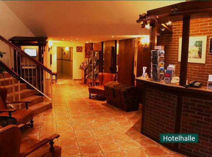 Beispiel: Hotelhalle, Foto: Hotel Rheinsberg am See.