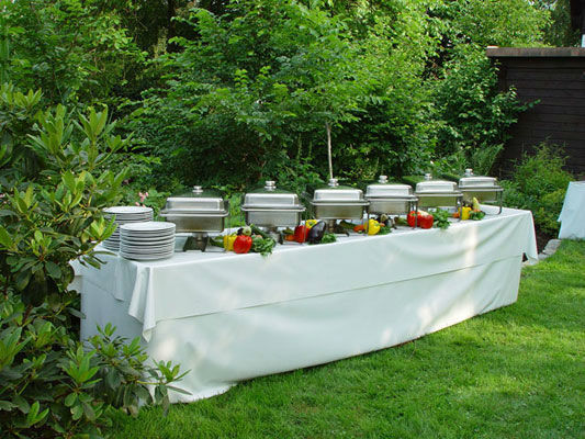 Beispiel: Buffet, Foto: allincluded catering.