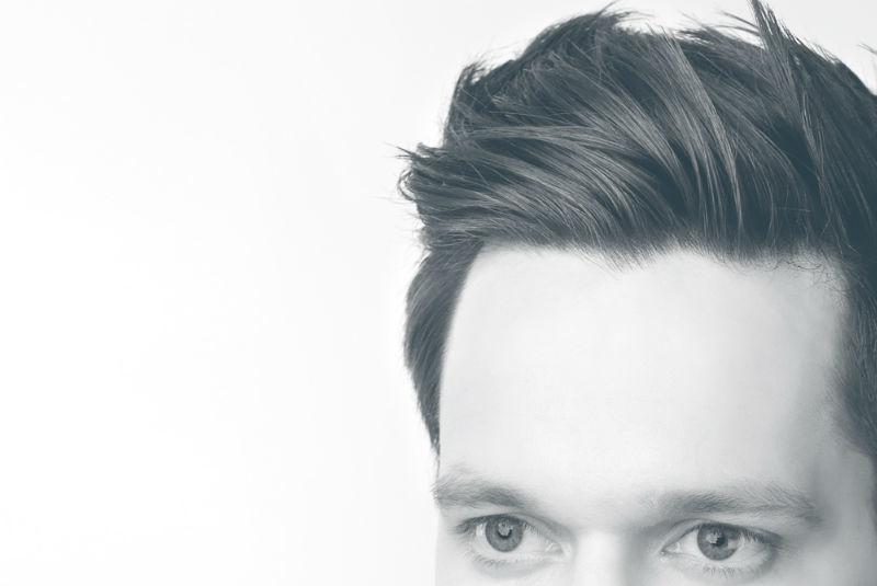 Beispiel: Stylische Frisuren für den Bräutigam, Foto: Civan Coiffeur.