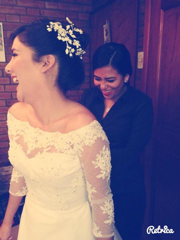 Los momentos previos a la boda son los mas bonitos y nuestra misión es hacerlos divertidos también