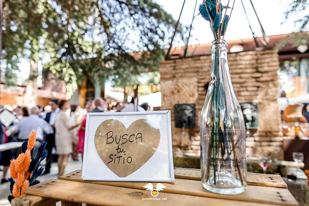 Detalle en el cóctel para las mesas de los invitados