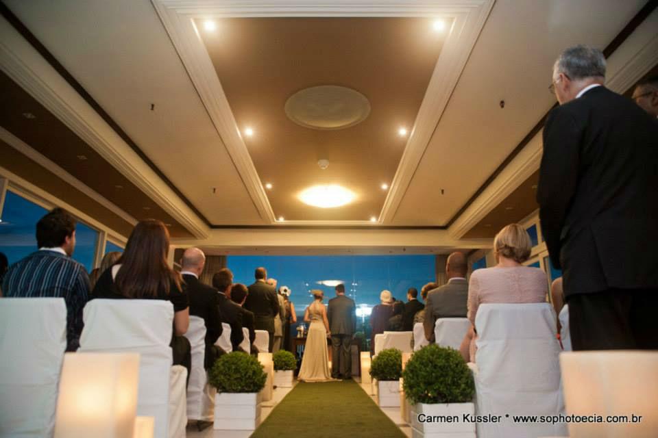 Has Klaus Eventos- Hotel Continental - Lounge Por do Sol - Casamento Tatiana e Alexandre - Foto: Só Photo & Cia