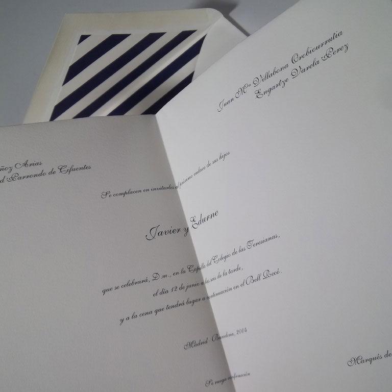 Invitación clásica doblado en sábana (4 pliegues) con forro de sobre marinero