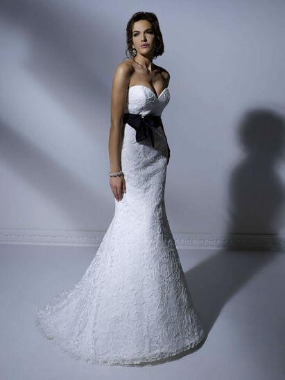 Elegance Bruidsmode