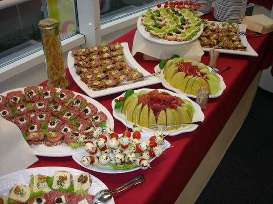 Beispiel: Große Auswahl an Speisen und Getränken, Foto: Dwenger Catering & Events.
