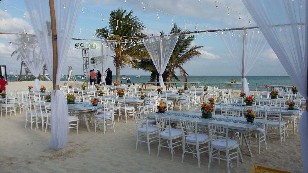 ¡Exclusivo Club de Playa...te encantará !