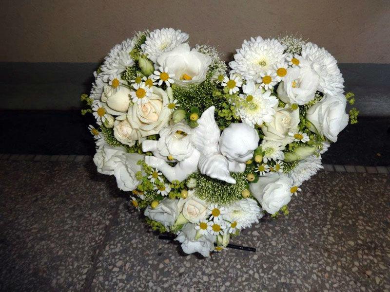 Beispiel: Blumenherz, Foto: Vergiß mein nicht.
