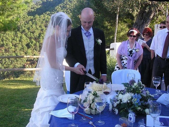 Celebración de la boda en entorno de lujo