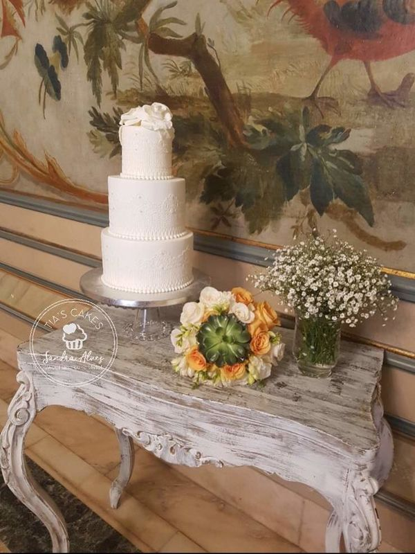 Tia's Cakes by Sandra Alves - Sweet and Cake Stylist