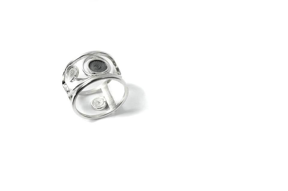 Liliana Alves - Jewelry Design