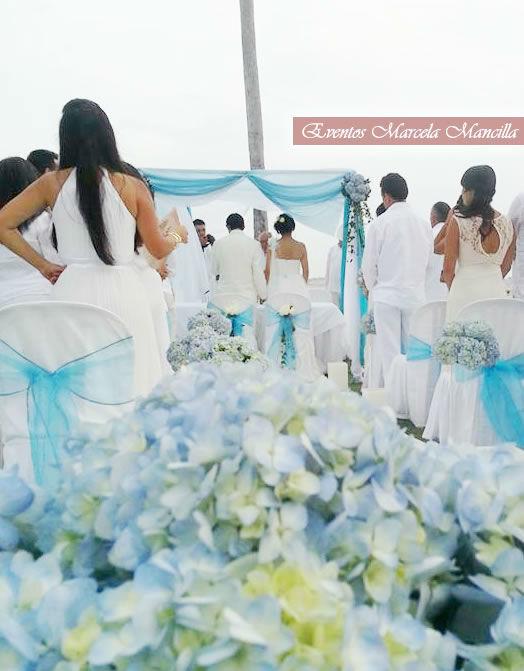Altar para boda en la playa