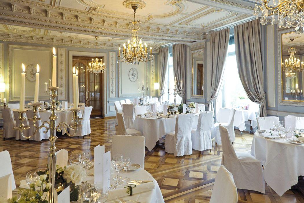 Banquet at Salon Bleu
