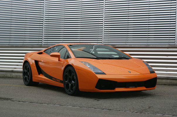 Beispiel: Lamborghini Gallardo Spyder, Foto: FirstclassLimos.ch.