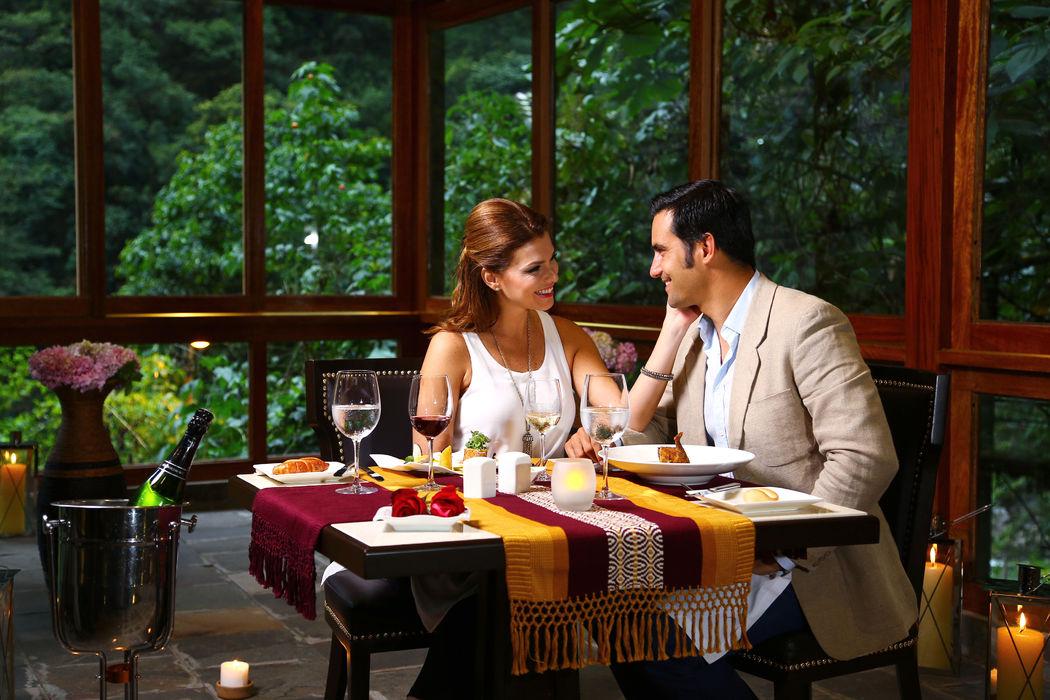Cena romántica en Sumaq Machu Picchu Hotel