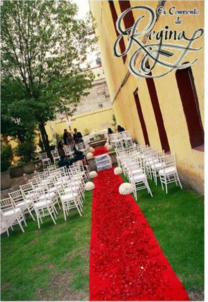 Salón de boda en los patios del ExConvento De Regina