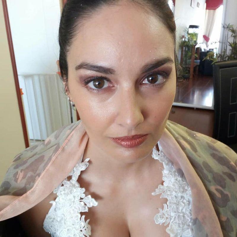 Hayleen Villarroel maquillaje y belleza integral a domicilio