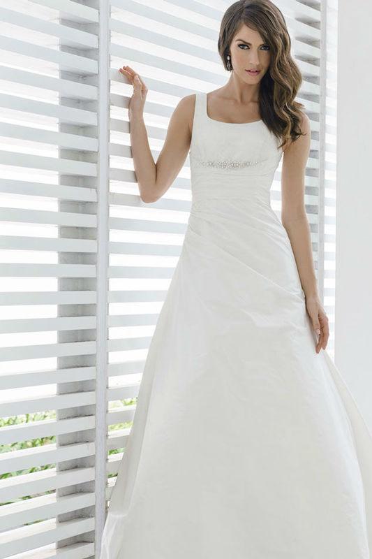 Beispiel: Brautkleid Brunilda von Marylise, Foto: Bösckens.