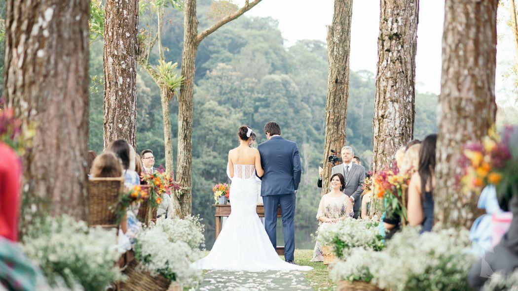 Umbrella Weddings