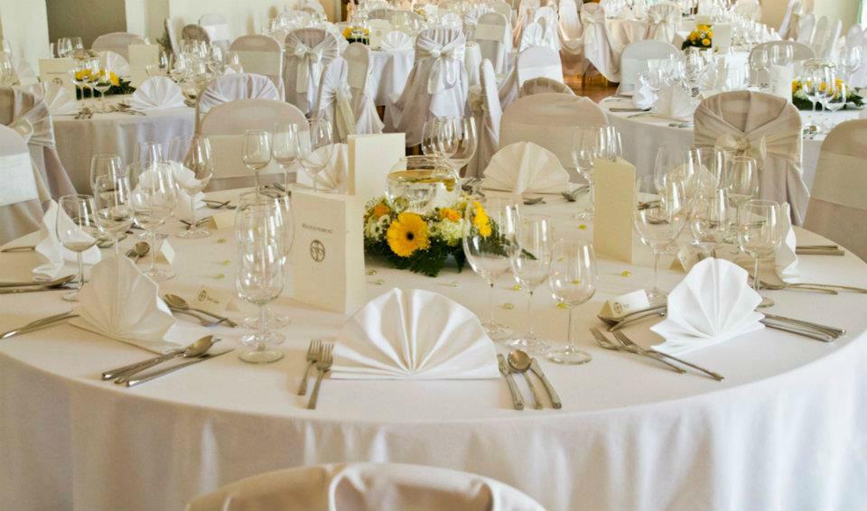Beispiel: Tischdekoration, Foto: Schloss Gloggnitz.