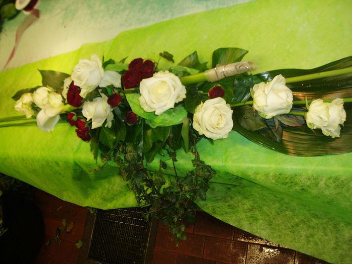 Beispiel: Tischdekoration, Foto: Blumen G. Bechstein.