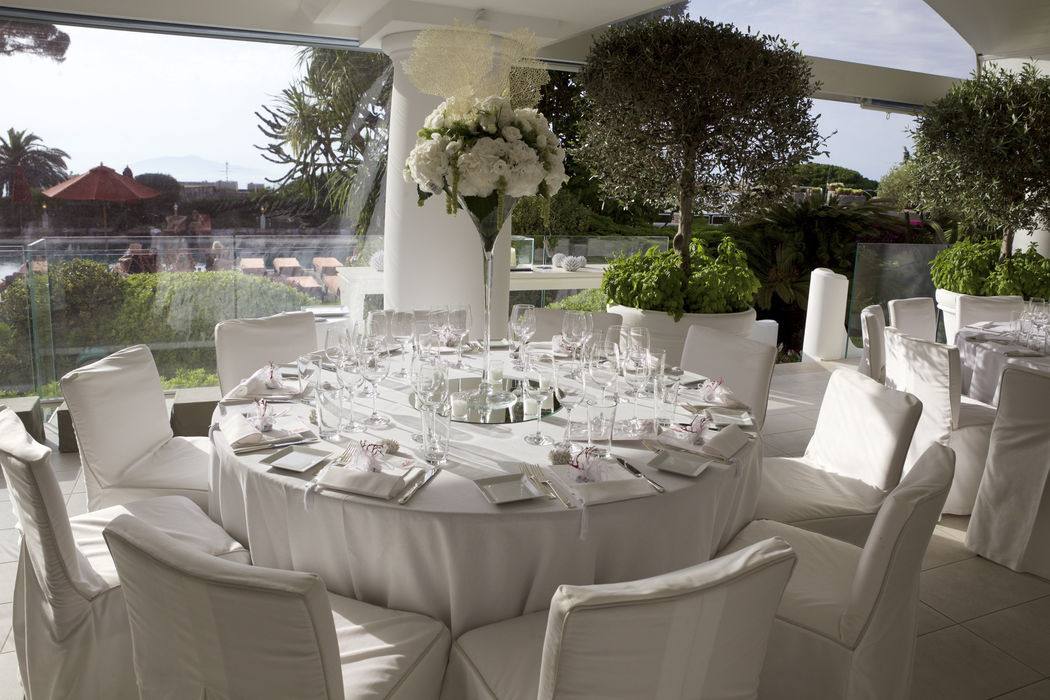 L'Olivo restaurant ( Capri Palace Hotel) wedding set up