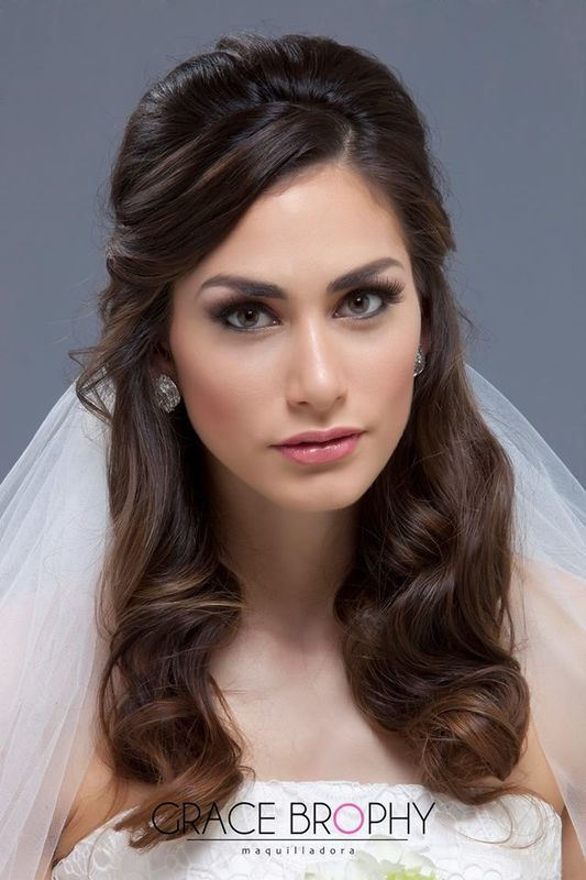 Maquillaje novia con pelo suelto