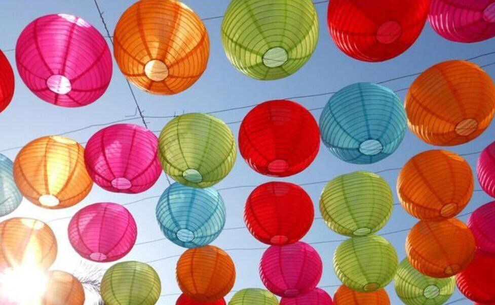 Gekleurde Nylon lampionnen, weerbestendig!