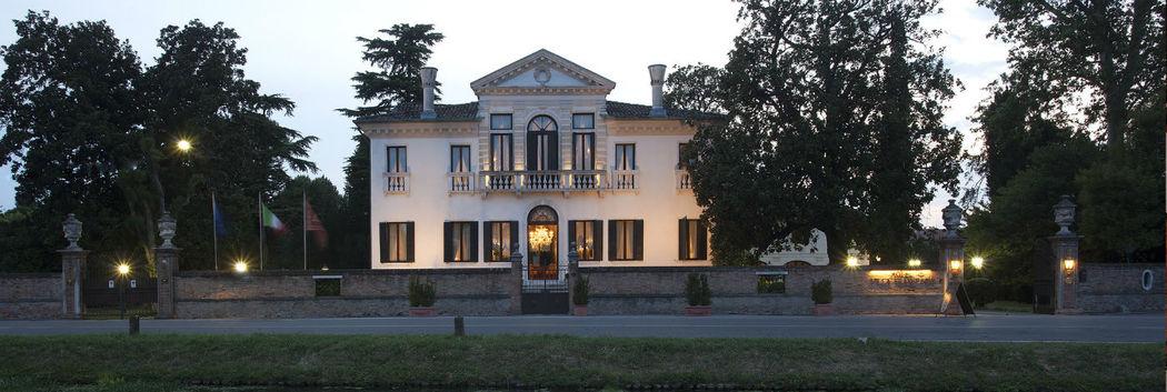 l'Hotel Villa Franceschi