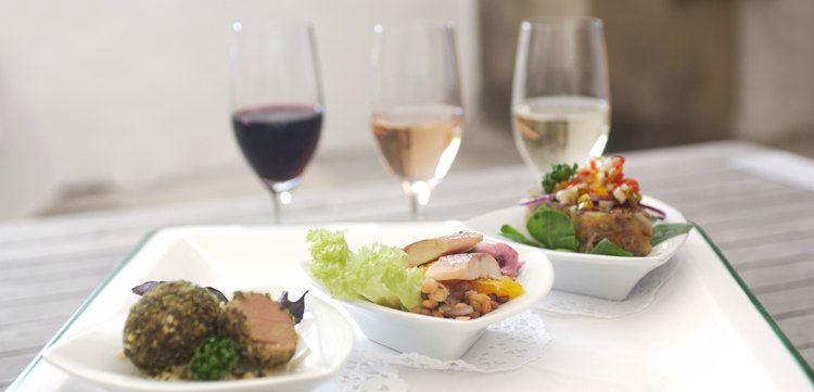Beispiel: Speisen im Restaurant, Foto: Schloss Kapfenstein.