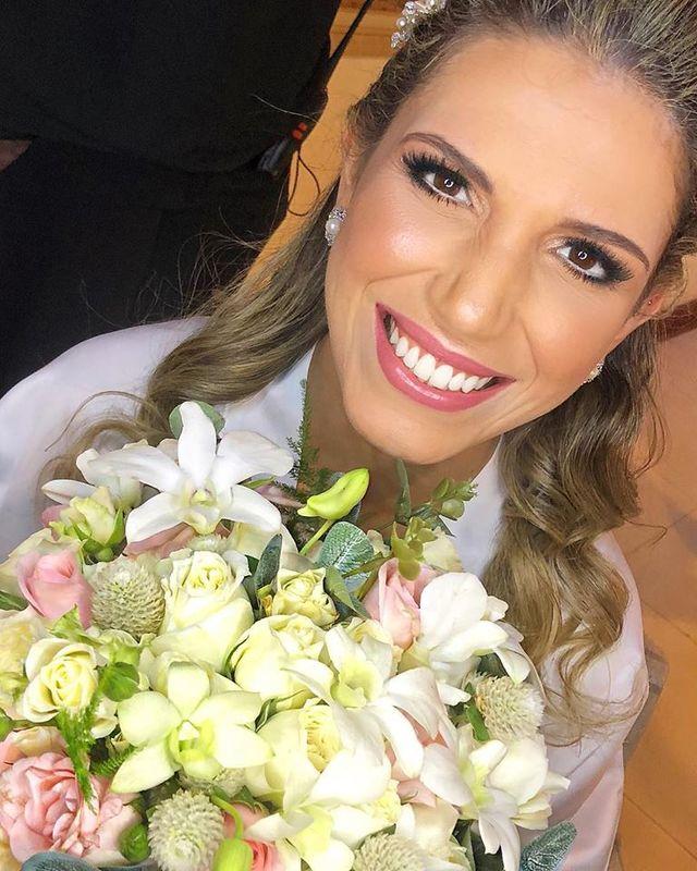Thaís Almeida Makeup