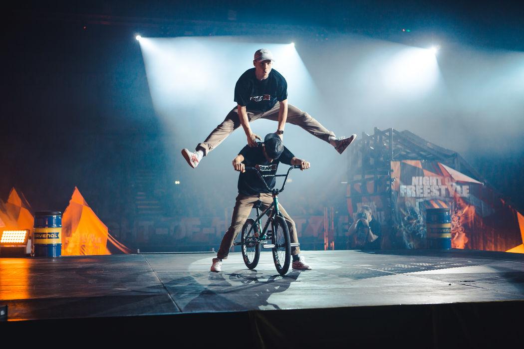 Chris Böhm BMX Freestyle Show Team