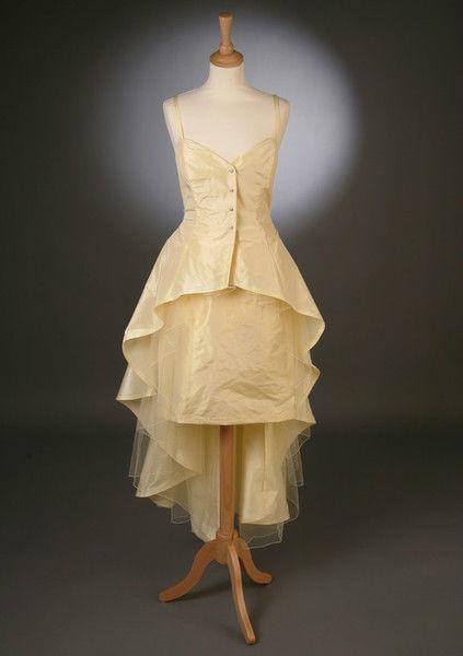 Beispiel: Kundenmodelle - Festkleid, Foto: Bella Donna Mode.