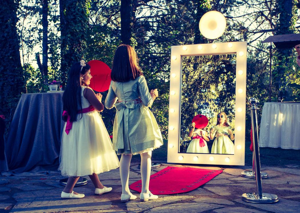 Magic Mirror Madrid
